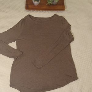 Apt.9 brown long sleeve Tee. rayon/spandex, small